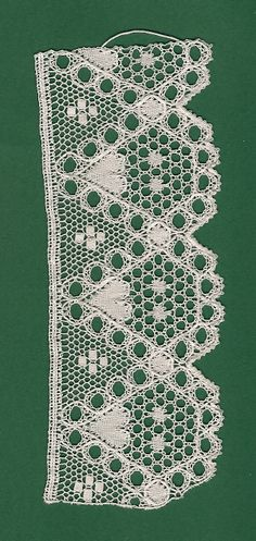 Bobbin Lacemaking, Point Lace, Linens And Lace, Lace Making, Lace Patterns, String Art, Textile Art, Band, Needlework