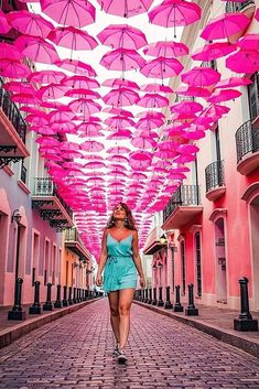 50 Ideas For Affordable Honeymoon Packages affordable honeymoon packages puerto rico girl on the street with colorful umbrellas Girl Photography, Creative Photography, Affordable Honeymoon Packages, Puerto Rico Pictures, Umbrella Street, Foto Instagram, Dance Photos, Bunt, Colorful Umbrellas