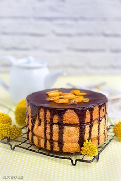 A cake inspired by the popular UK biscuit. Jaffa Cake – Chocolate and Orange Layer Cake Supergolden Bakes Layer Cake Recipes, Frosting Recipes, Dessert Recipes, Desserts, Layer Cakes, Chocolate Hazelnut Cake, Jaffa Cake, British Baking, Savoury Cake