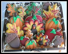 thanksgiving/fall cookies - love the coloring of the leaves