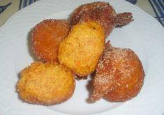 Les rêves de potiron sont petits gâteaux maison frits et après sont passés par un mélange de sucre et cannelle. Essayez cette délicieuse recette!