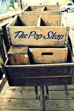 vintage soda crates // // folklifestyle.com