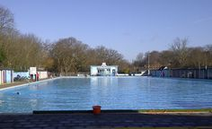 Wintry Tooting Lido in London. No leaves on the trees, so you can tell how cold it was. I think this was late November 2014, temperature around 8-10 degrees celsius.