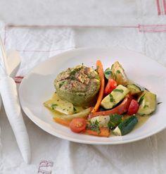 Zucchini-Flan mit Kohlrabi-Möhren-Salat Rezept - ESSEN & TRINKEN