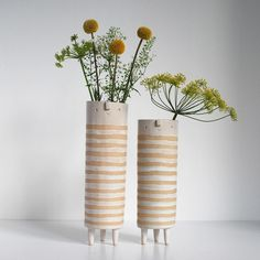 Contemporary Planters Bring a Friendly Face to Your Indoor Garden Ceramic Pottery, Ceramic Art, Diy Flowers, Flower Pots, Ceramic Glaze Recipes, Contemporary Planters, Deco Nature, Pottery Classes, Garden Art