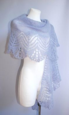 This shawl is made of Tibetan Yak yarn. Yarn is very thin and efficient. This scarf 160x70cm size weighs only 60g