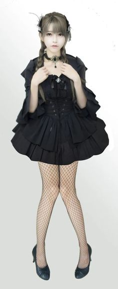 Lolita Fashion, Gothic Fashion, Cute Kawaii Girl, Fishnet Stockings, Cosplay, Character Modeling, Lolita Dress, Gothic Lolita, Japanese Girl