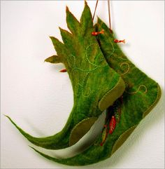 At one of the Christmas shows last year I met Nikki Brown an artist who creates the most amazing miniature fairy shoes from polymer clay,...