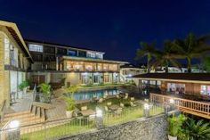 View of Umthunzi Hotel & Conference at night Conference, Restaurant, Mansions, Luxury, Night, House Styles, Gallery, Beautiful, Mansion Houses