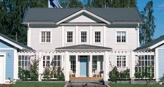 Kannustalo Aurora House Wash, My House, Cottage House Plans, Cottage Homes, New England Hus, Exterior Design, Interior And Exterior, Entry Stairs, American Houses