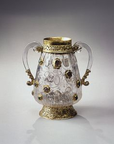 ewer Rock crystal, gold and precious stones 10s egypt.j