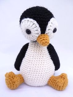 free Amigurumi Penguin pattern (Robin)-pretty sure this is the cutest penguin ever!.