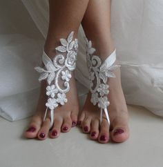bridesmaids   Foot accessories ? ? Bridal, Bridal jewelry beach .... unusual and unique items .... Lace anklets. Is an ideal accessory for wedding Come on ....  This model is designed using French  bl