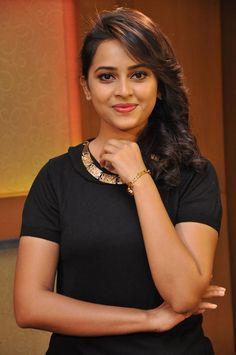 Tamil actres sri divya full nude