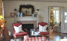 NINE + SIXTEEN: Christmas Greens | Fresh vs Faux