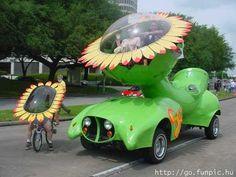 Weird car and totally groovy!