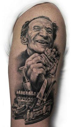_ black & grey half sleeve tattoo _