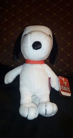 """PEANUTS Snoopy 5"""" plush NWT 