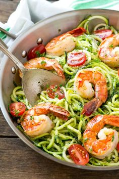 Pesto Zoodles with Shrimp. Zucchini noodles tossed in pesto and topped with Italian seasoned shrimp and tomatoes. Zoodle Recipes, Spiralizer Recipes, Healthy Pasta Recipes, Lunch Recipes, Whole Food Recipes, Cooking Recipes, Seafood Recipes, Recipes Dinner, Low Carb Shrimp Recipes