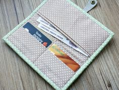 Easy Wallet Sewing Pattern. DIY Tutorial in Pictures.
