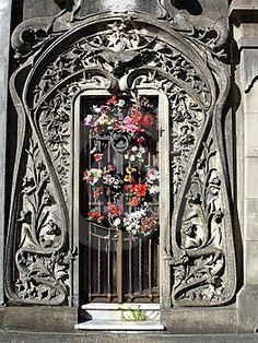 Art Nouveau Entrance, a bit over  the top but it could work.