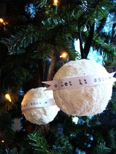 Vintage Glitter Snowball Ornaments by Taylor at MaryJanes & Galoshes {Ornament No.23} - bystephanielynn