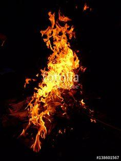 """Pobierz zdjęcie royalty free  """"Ogień"""" autorstwa nataliamatusz w najniższej cenie na Fotolia.com. Przeglądaj naszą bazę tanich obrazów online i odnajdź doskonałe zdjęcie stockowe do Twoich projektów reklamowych!"""
