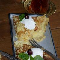 Palacsinta karamelizált gyümölcsökkel French Toast, Breakfast, Morning Coffee