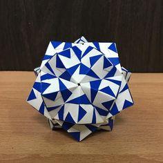いいね!10件、コメント1件 ― OrigamiMathThailandさん(@narong_pbru)のInstagramアカウント: 「My Sonobe Variation designed. #origami #origamiart #origamiunit #origamiball #origamimodular…」