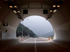 #Misiryeong Tunnel, Gangwon Province, Korea - Some tips and guidelines you should take into consideration when driving through the Misiryeong Tunnel. ▶ http://cafe.daum.net/misiryeong/Tzsf/14 | 미시령터널
