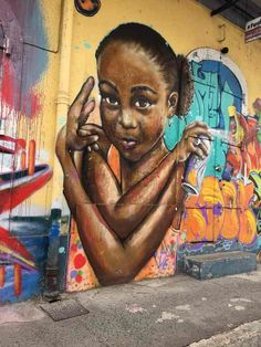 street art-pointe pitre-oeuvres-graf-tag-mural-enfant-fillette-couleurs Pointe A Pitre, Street Art, Photo Souvenir, My Roots, Expositions, Les Oeuvres, Murals, Play, Portrait
