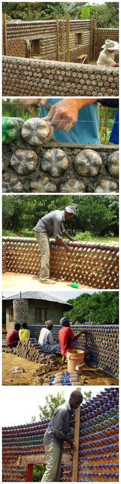 Una buenisimaaa idea para reciclar!!! Consierando la enorme cantida de botellas que se deshechan al diaaa!!wooow!!!