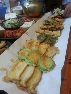 Korean Pancake & Rice Wine Jeon(전)& Makgeolli(막걸리)