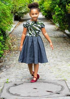 Image of Robe en jean/wax Miveck Ankara Styles For Kids, African Dresses For Kids, African Print Dresses, African Print Fashion, African Fashion Dresses, African Kids, Latest Ankara Dresses, Ankara Dress Styles, African Attire
