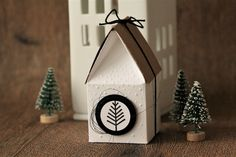 Häuschenverpackung Source by Teen Christmas Gifts, Stampin Up Christmas, Christmas Crafts, Diy And Crafts, Crafts For Kids, Paper Crafts, Diy Presents, Paper Packaging, Eiffel