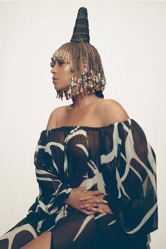 Rihanna, Balmain, Divas, Burberry, King Fashion, Women's Fashion, Vogue Beauty, Black Girl Aesthetic, Boujee Aesthetic