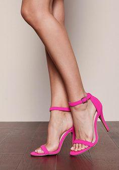 PEDIDOS SOLO POR #ENCARGO Código: LC-14 Magenta Ankle Strap Heels Color: Magenta Talla: 5.5-6-7-8-9-10 Precio: ₡23.900 ($44,10)  Whatsapp ☎8963-3317, escribir al inbox o maya.boutique@hotmail.com  Envíos a todo el país. #MayaBoutiqueCR ❤