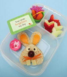 Easter Bunny bento lunch. @Kelly Lester / EasyLunchboxes
