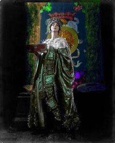The dancer Ruth St. Denis as Byzantine Empress Theodora by Jean de Strelecki Vintage Beauty, Vintage Fashion, St Denis, The Dancer, Magazine Images, Modern Dance, Dance Photos, Great Women, Dance Photography