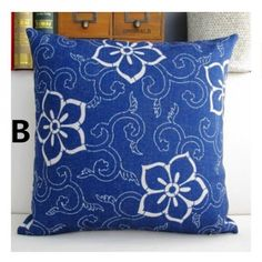 Chinese style blue and white pattern decorative pillows for couch