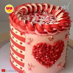 Cake Decorating Frosting, Cake Decorating Designs, Cake Decorating Videos, Cake Decorating Techniques, Valentines Day Cakes, Valentine Desserts, Chocolate Drip Cake, Homemade Cake Recipes, Dessert Decoration