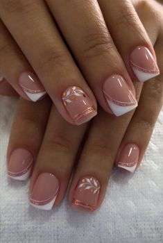 French Manicure Nail Designs, Nail Tip Designs, French Tip Nails, Acrylic Nail Designs, Nail Manicure, Simple Acrylic Nails, Pink Acrylic Nails, Gold Nails, Dream Nails