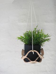 El minimalista - percha planta Cuero