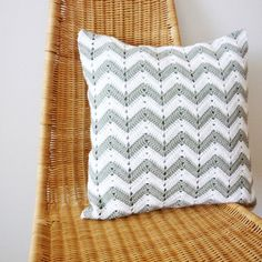 Chevron-patterned crochet pillow. I love chevrons!