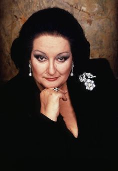 I wish I could go back in time and have the opportunity to see an opera with her, Montsy, La Superba! Rest in peace darling! Maria Callas, Freddie Mercury, Divas, Carnegie Hall, Matthew Daddario, Opera Singers, Female Singers, Classical Music, Hollywood Actresses