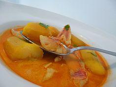 Filets de rouget au curry et lait de coco Grand Chef, Thai Red Curry, Ethnic Recipes, Tango, Golden Rice, Cream Soups, Shrimp Bisque, Cooking Recipes, Cooking