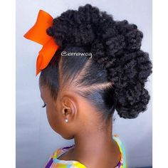 It's a Textured Bun-hawk...PERFECT! % @iamawog #curlkit #naturalhair…