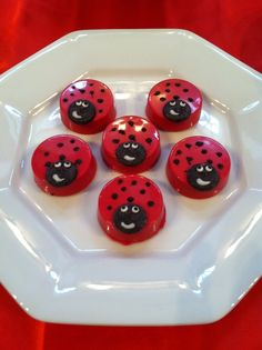 Adorable chocolate covered Oreos at a Ladybug Birthday Party! See more ideas at CatchMyParty.com! #partyideas #ladybug