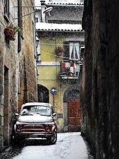 Fiat 500 Snowing on 500