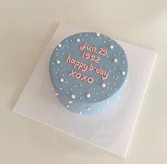 korean cake happy birthday icing aesthetic korean yummy soft minimalistic cute k. korean cake happy birthday icing aesthetic korean yummy soft minimalistic cute kawaii g e o r g i a Cl Birthday, Pretty Birthday Cakes, Pretty Cakes, Cute Cakes, Beautiful Cakes, Happy Birthday, Birthday Greetings, Mini Cakes, Cupcake Cakes